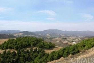 40981 Camino Noroeste, Murrieta, CA 92562 (#IG18256267) :: Impact Real Estate