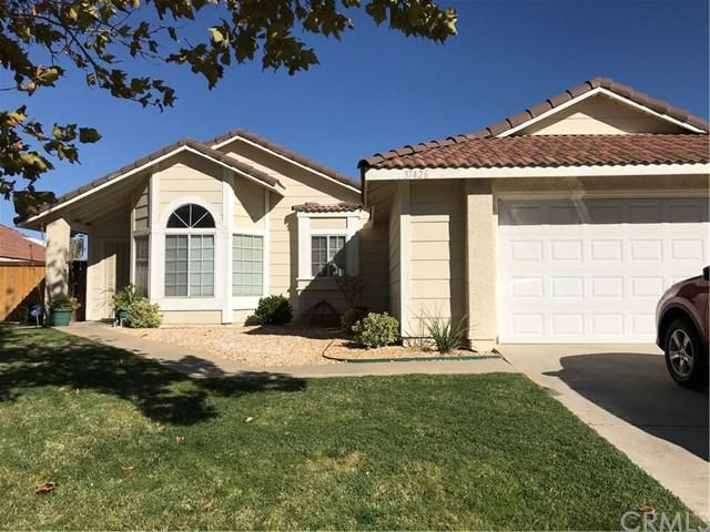 37426 Larchwood Drive, Palmdale, CA 93550 (#CV18256456) :: Group 46:10 Central Coast