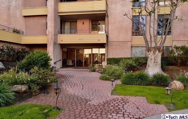 16866 Kingsbury Street #104, Granada Hills, CA 91344 (#318004331) :: Impact Real Estate