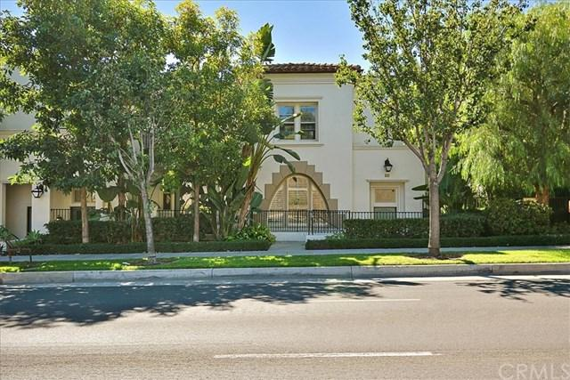 1749 Grand Avenue #5, Long Beach, CA 90804 (#CV18255969) :: Impact Real Estate