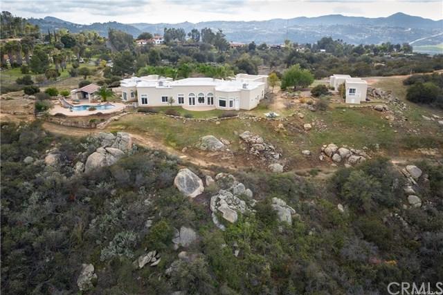 14714 Sun Rocks Drive, Valley Center, CA 92082 (#OC18256832) :: Allison James Estates and Homes