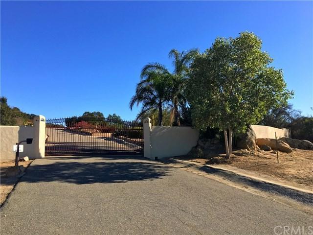 8 Sun Rocks Drive, Valley Center, CA 92082 (#OC18256895) :: Allison James Estates and Homes