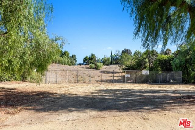 5550 Bill Cody Road, Hidden Hills, CA 91302 (#18397608) :: Fred Sed Group