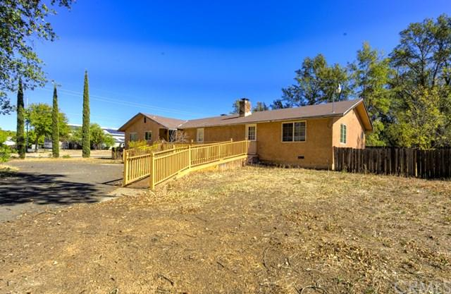14932 Burns Valley Road, Clearlake, CA 95422 (#LC18257304) :: Go Gabby