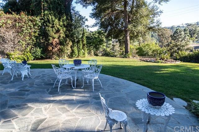 4016 Via Pavion, Palos Verdes Estates, CA 90274 (#SB18258134) :: Go Gabby