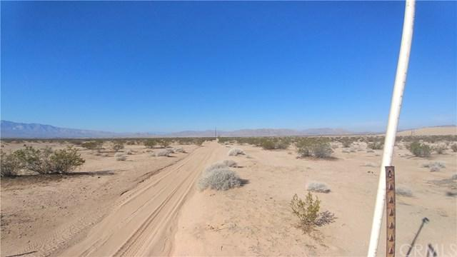 38035 Amber Road, Lucerne Valley, CA 92356 (#SW18259766) :: Go Gabby