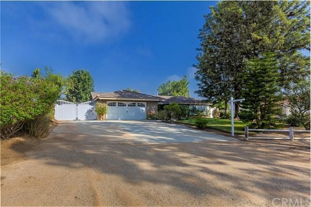 4740 Roundup Road, Norco, CA 92860 (#IG18258829) :: Go Gabby