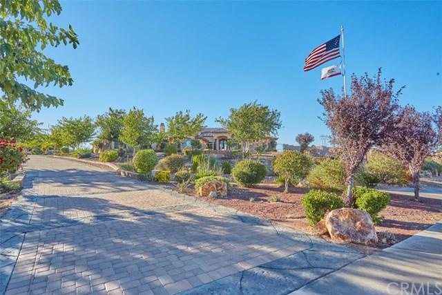 12260 Desert Rose Way, Oak Hills, CA 92344 (#OC18262097) :: Go Gabby