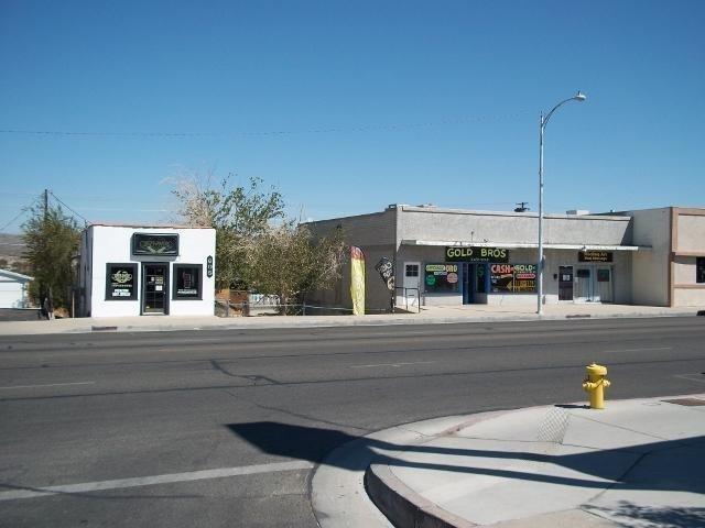 605-609 Main Street - Photo 1