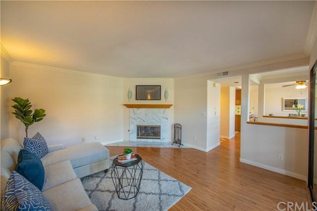491 W 39th Street #3, San Pedro, CA 90731 (#OC18263170) :: Kim Meeker Realty Group