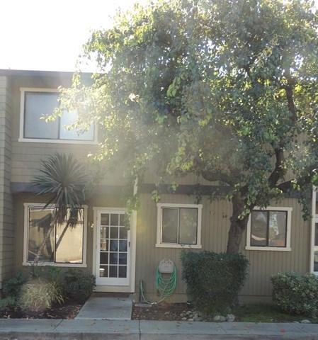 801 Nash Road E2, Hollister, CA 95023 (#ML81729833) :: Fred Sed Group