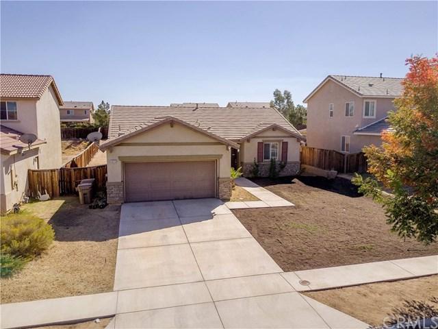 13773 Jackson Street, Oak Hills, CA 92344 (#IV18263828) :: Go Gabby
