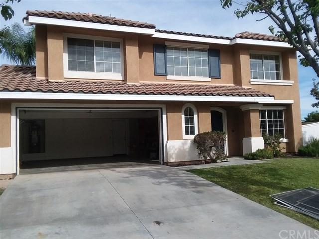1 Del Fiore, Lake Elsinore, CA 92532 (#PW18264930) :: Fred Sed Group
