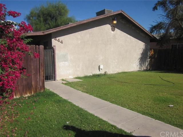 444 W Olive Avenue, El Centro, CA 92243 (#SW18263426) :: Fred Sed Group