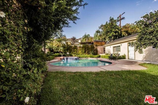 741 Elliott Place, Glendale, CA 91202 (#18404436) :: Fred Sed Group