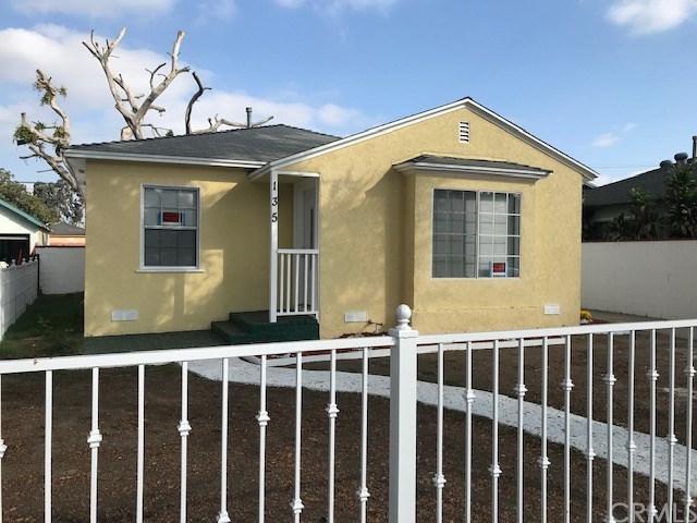 135 E Gordon Street, Long Beach, CA 90805 (#DW18267112) :: Mainstreet Realtors®
