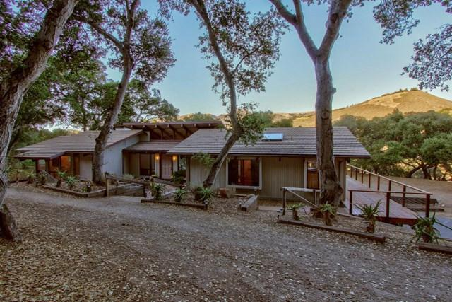 11 Rancho El Robledo, Carmel Valley, CA 93924 (#ML81730423) :: Fred Sed Group