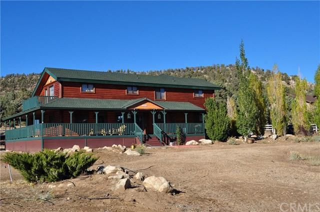46784 Pioneer Town Road, Big Bear, CA 92314 (#EV18267878) :: Fred Sed Group