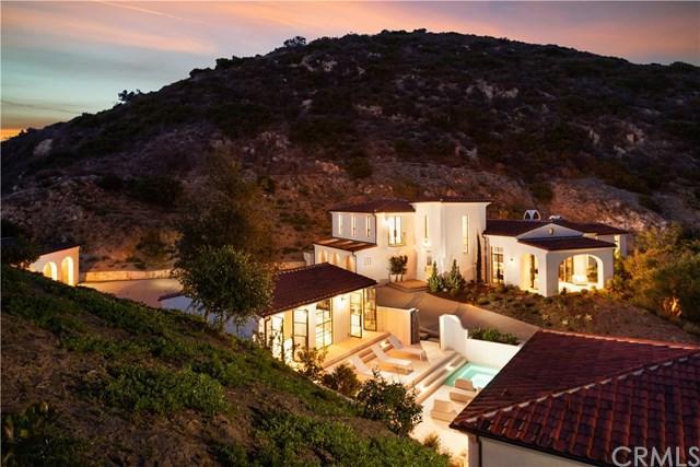 272 Canyon Acres Drive, Laguna Beach, CA 92651 (#NP18255856) :: Doherty Real Estate Group