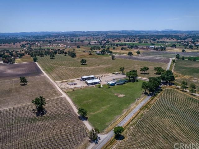 5355 Camp 8 Road, Paso Robles, CA 93446 (#NS18270165) :: RE/MAX Parkside Real Estate
