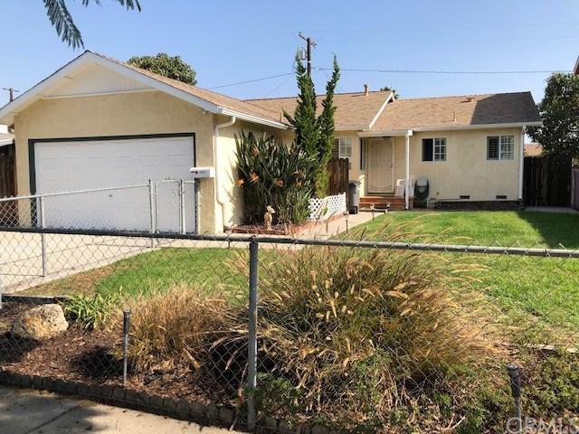 22034 Selwyn Avenue, Carson, CA 90745 (#SB18268032) :: Fred Sed Group
