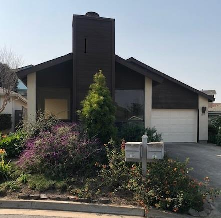 164 Linde Circle, Outside Area (Inside Ca), CA 93933 (#ML81730776) :: Fred Sed Group