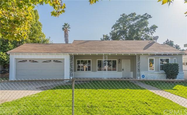 1230 W Mission Boulevard, Pomona, CA 91766 (#CV18269438) :: Mainstreet Realtors®