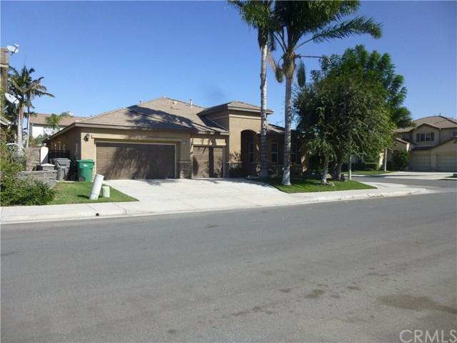 13554 Nectarine Avenue, Eastvale, CA 92880 (#CV18268610) :: Mainstreet Realtors®