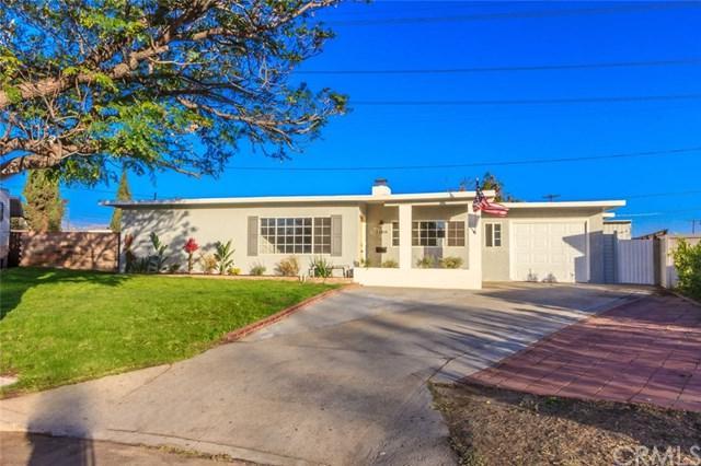 11804 Randall Street, Sun Valley, CA 91352 (#DW18269889) :: Go Gabby