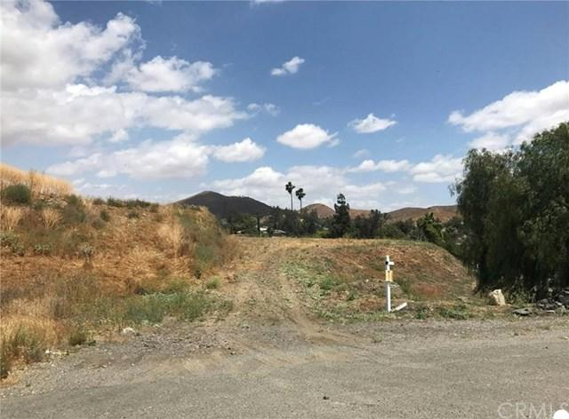 28460 Nevada Drive, Quail Valley, CA 92587 (#PW18271706) :: Hiltop Realty