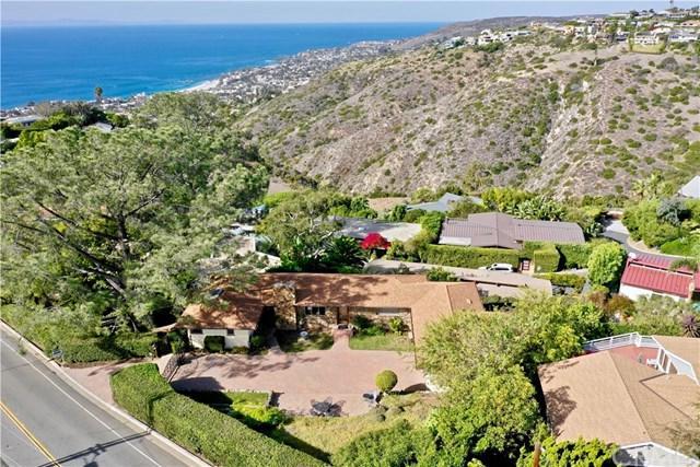 1960 Temple Hills Drive, Laguna Beach, CA 92651 (#LG18271824) :: Berkshire Hathaway Home Services California Properties
