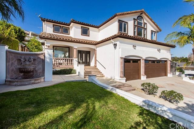 1301 S Malgren Avenue, San Pedro, CA 90732 (#SB18271682) :: Go Gabby