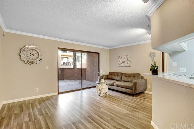 10655 Lemon Avenue #2708, Rancho Cucamonga, CA 91737 (#IV18268740) :: Go Gabby