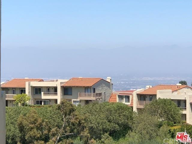 5965 Peacock Ridge Road #201, Rancho Palos Verdes, CA 90275 (#SR18272019) :: Naylor Properties