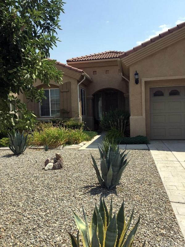 10361 Glen Oaks Lane, Apple Valley, CA 92308 (#WS18272390) :: RE/MAX Masters