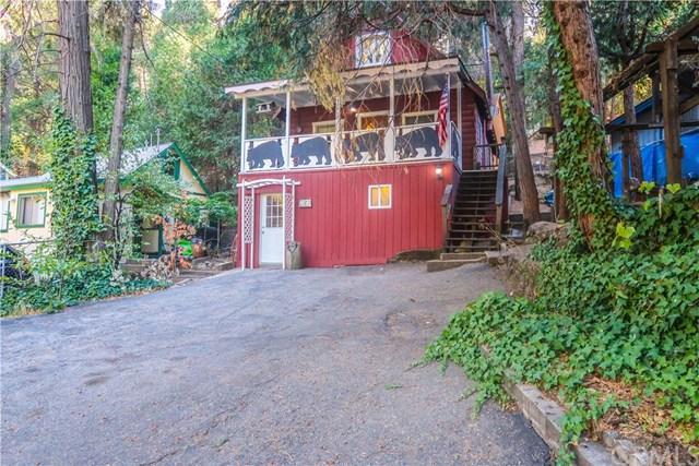 23817 Pioneer Camp Road, Crestline, CA 92325 (#EV18272493) :: Go Gabby