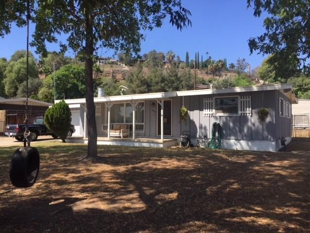 8860 Olive Dr, Spring Valley, CA 91977 (#180063101) :: Go Gabby