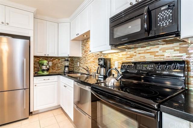 643 S Prospect Avenue S #104, Redondo Beach, CA 90277 (#SB18271931) :: RE/MAX Empire Properties