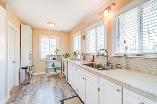 18802 E Center Avenue, Orange, CA 92869 (#OC18260461) :: Ardent Real Estate Group, Inc.