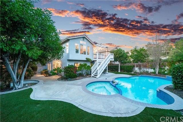 6 Tavella Place, Lake Forest, CA 92610 (#OC18272500) :: Berkshire Hathaway Home Services California Properties