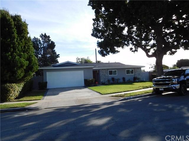 16752 Jeffrey Circle, Huntington Beach, CA 92647 (#PW18273087) :: Go Gabby