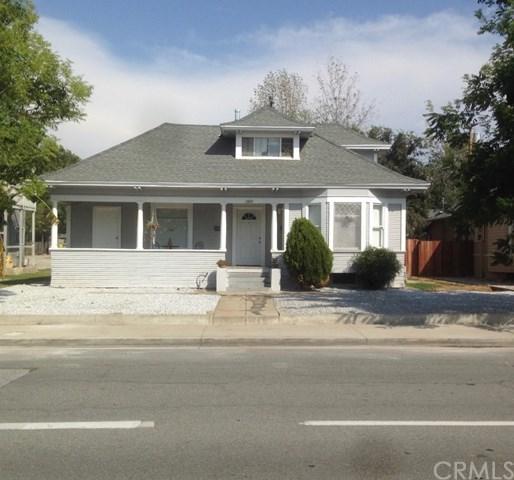 3360 Lime Street, Riverside, CA 92501 (#IV18272790) :: Mainstreet Realtors®