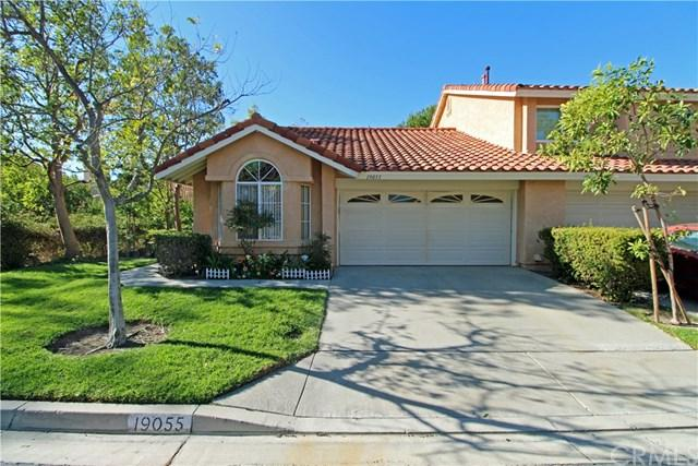 19055 Canyon Cove Drive, Lake Forest, CA 92679 (#OC18272802) :: Berkshire Hathaway Home Services California Properties