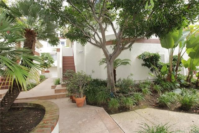 2971 Plaza Del Amo #229, Torrance, CA 90503 (#OC18273186) :: Naylor Properties