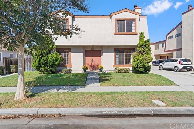 7901 Alhambra Drive, Huntington Beach, CA 92647 (#OC18264067) :: Scott J. Miller Team/RE/MAX Fine Homes