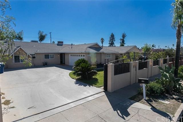 10912 Goss Street, Sun Valley, CA 91352 (#SR18273823) :: Go Gabby
