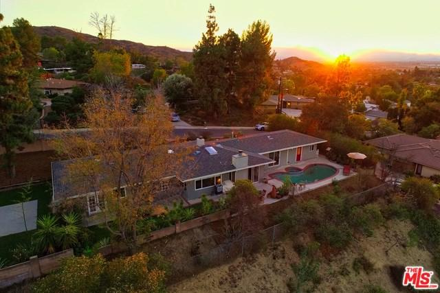 9715 Sombra Terrace Street, Sunland, CA 91040 (#18404932) :: Fred Sed Group