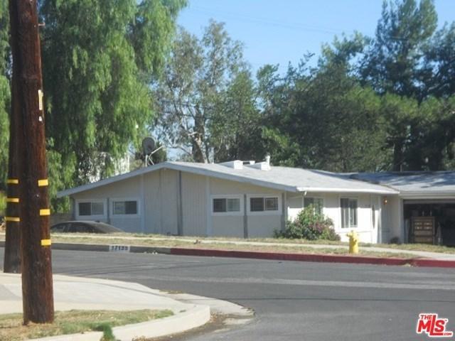 17138 Sunderland Drive, Granada Hills, CA 91344 (#18407842) :: Go Gabby