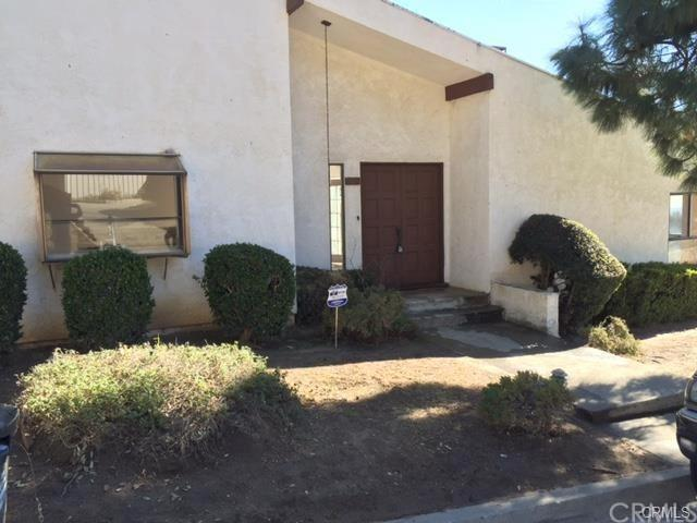 4610 Rising Hill Road, Altadena, CA 91001 (#SB18273438) :: Go Gabby