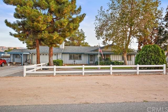 17535 Redbud Street, Hesperia, CA 92345 (#IV18273883) :: Go Gabby